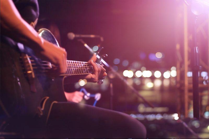 LIVE MUSIC FRIDAYS!!!