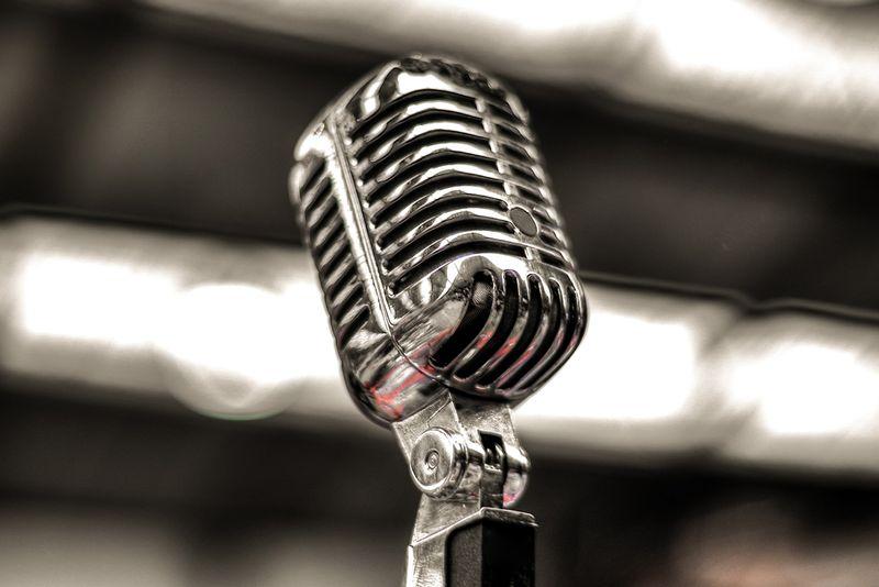 Karaoke Monday!!