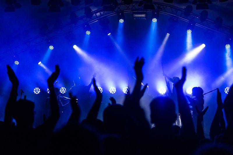 Candleroom Saturday's!!!   Live DJ!!